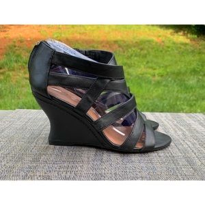b6b6ce3fb8 Women's Elizabeth And James Shoes | Poshmark